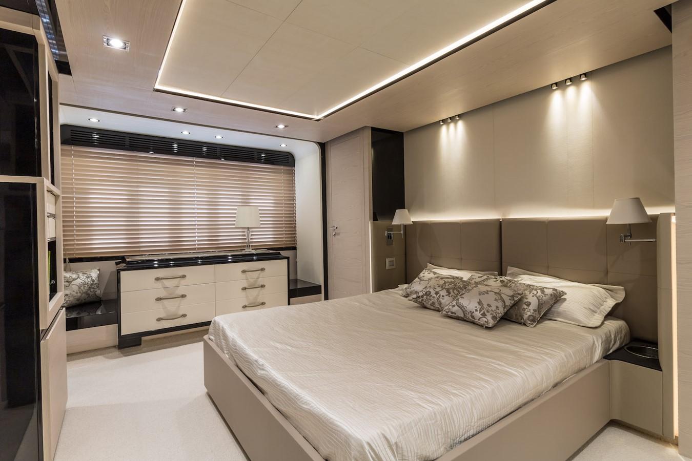 Owner's cabin 2016 AZIMUT 80 Motor Yacht 2668180