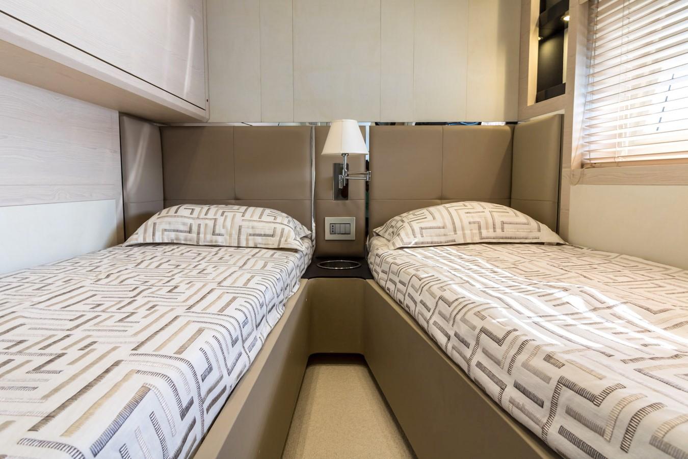 Guest cabin on star board side 2016 AZIMUT 80 Motor Yacht 2668187
