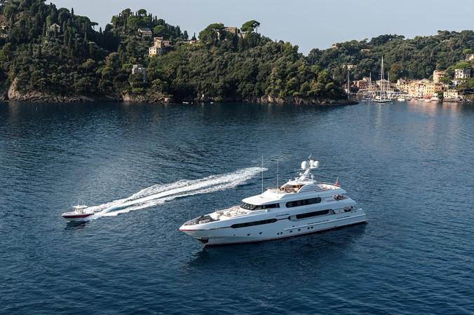 147' Sunrise 2014/2019 Aerial  2014 SUNRISE Tri Deck Motor Yacht  Motor Yacht 2673737