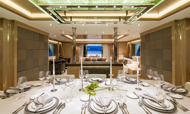 147' Sunrise 2014/2019 Dining  2014 SUNRISE Tri Deck Motor Yacht  Motor Yacht 2673748