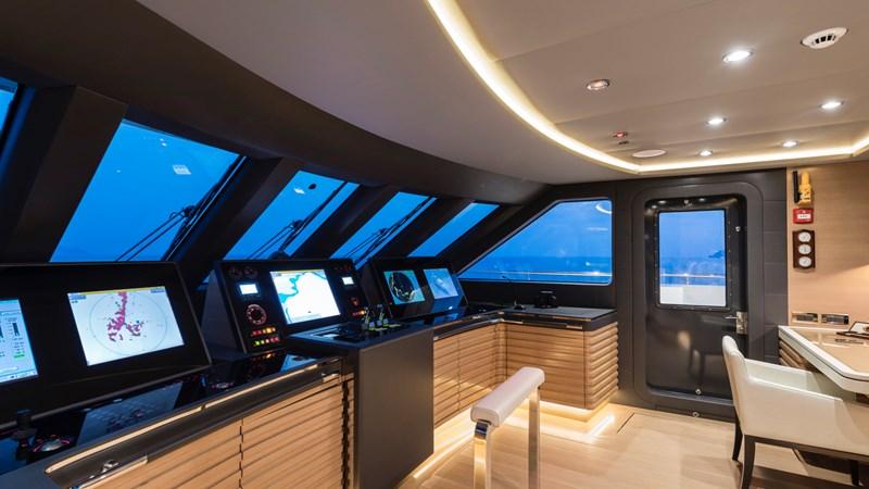 147' Sunrise 2014/2019 Bridge 2014 SUNRISE Tri Deck Motor Yacht  Motor Yacht 2692536