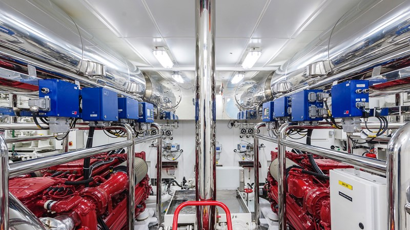 147' Sunrise 2014/2019 Engine Room 2014 SUNRISE Tri Deck Motor Yacht  Motor Yacht 2692537