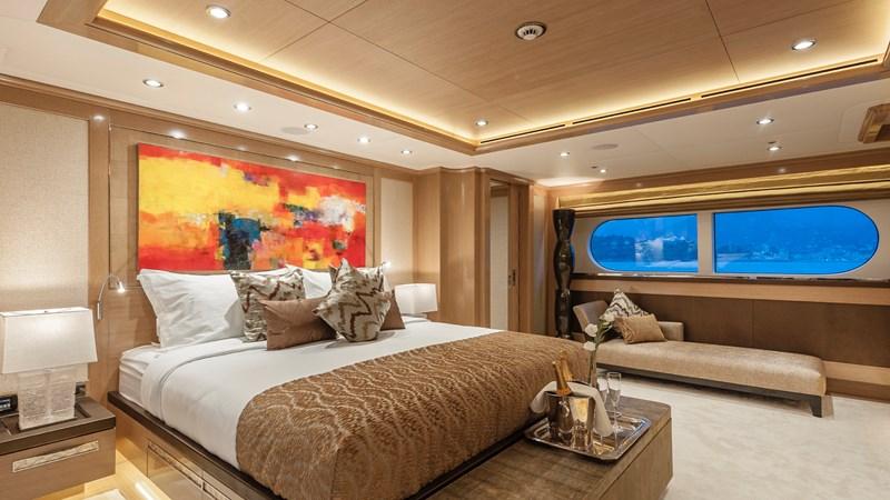 147' Sunrise 2014/2019 Master Stateroom 2014 SUNRISE Tri Deck Motor Yacht  Motor Yacht 2692538