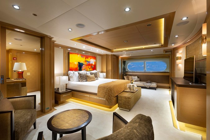 147' Sunrise 2014/2019 Master Stateroom 2014 SUNRISE Tri Deck Motor Yacht  Motor Yacht 2694946