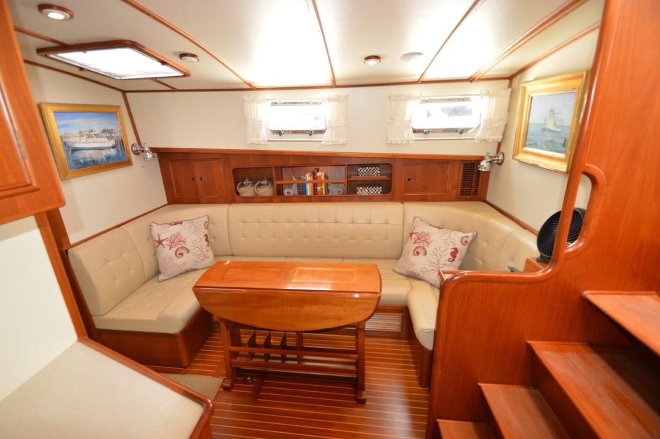 2000 GRAND BANKS 49 Eastbay HX Cruiser 2669755