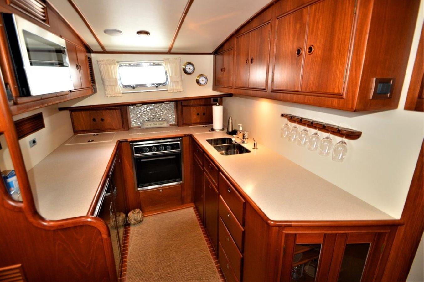 2000 GRAND BANKS 49 Eastbay HX Cruiser 2669756