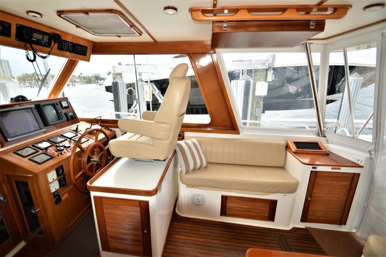 2000 GRAND BANKS 49 Eastbay HX Cruiser 2669760