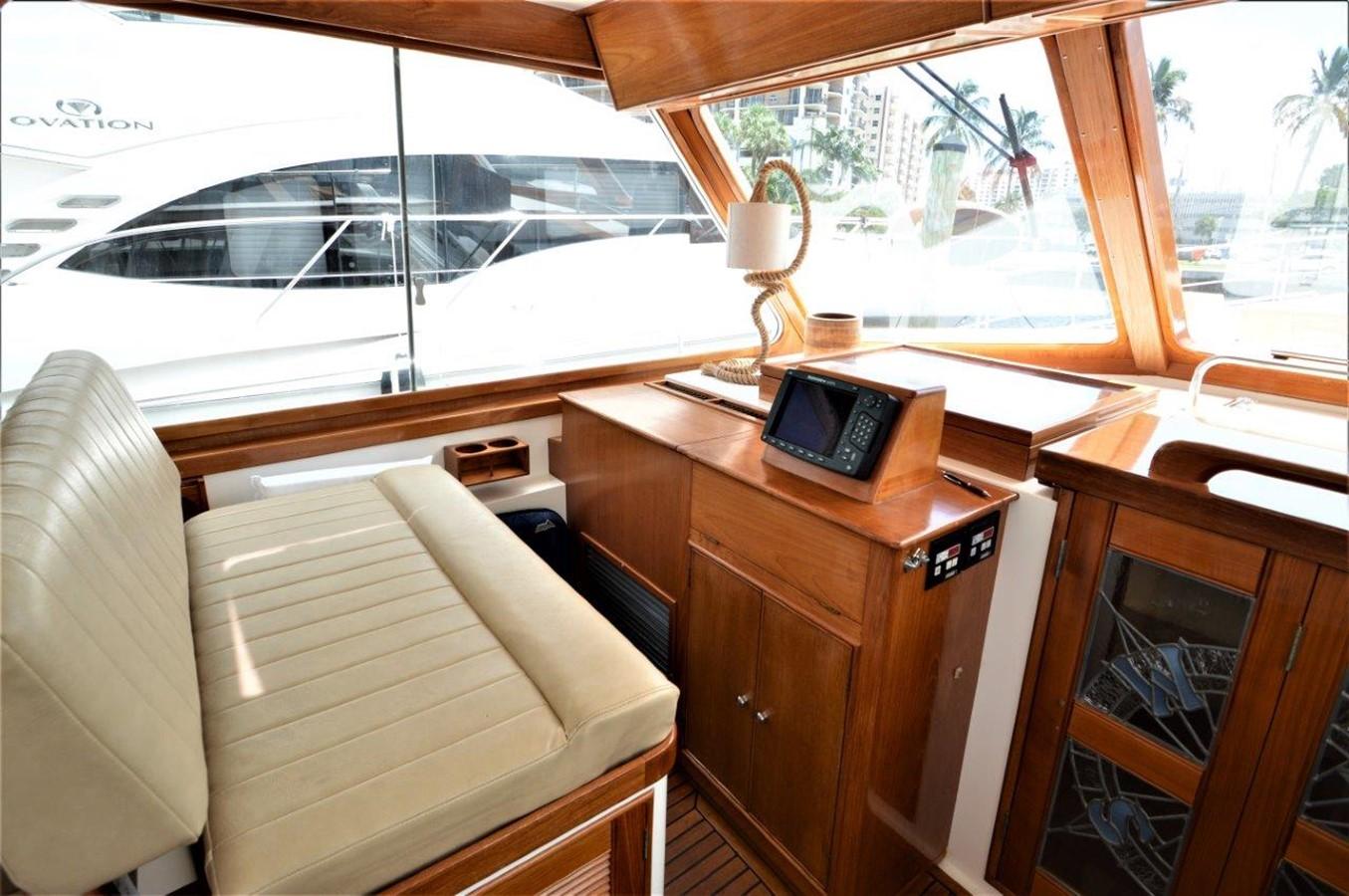 2000 GRAND BANKS 49 Eastbay HX Cruiser 2669761