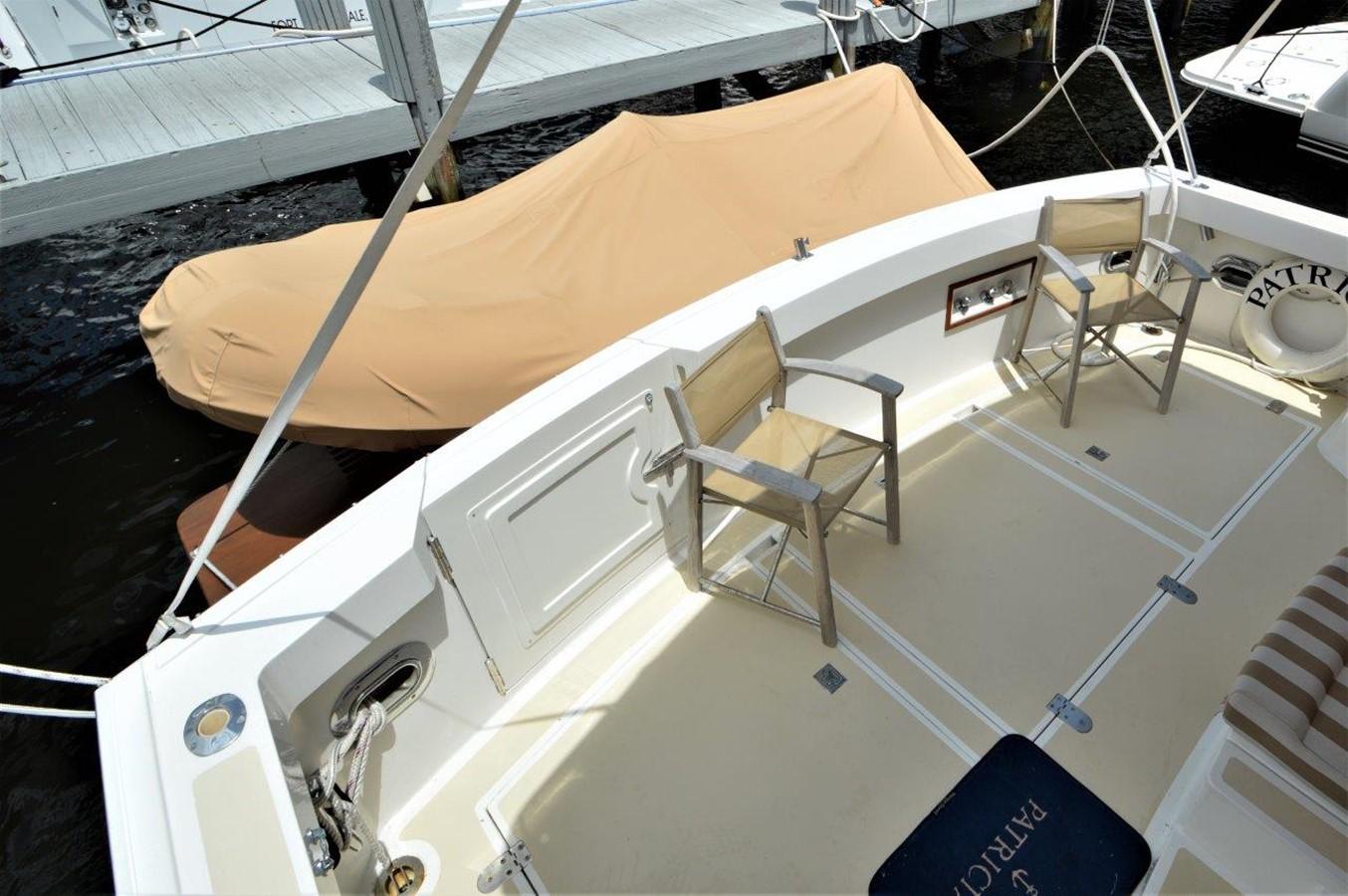 2000 GRAND BANKS 49 Eastbay HX Cruiser 2669770