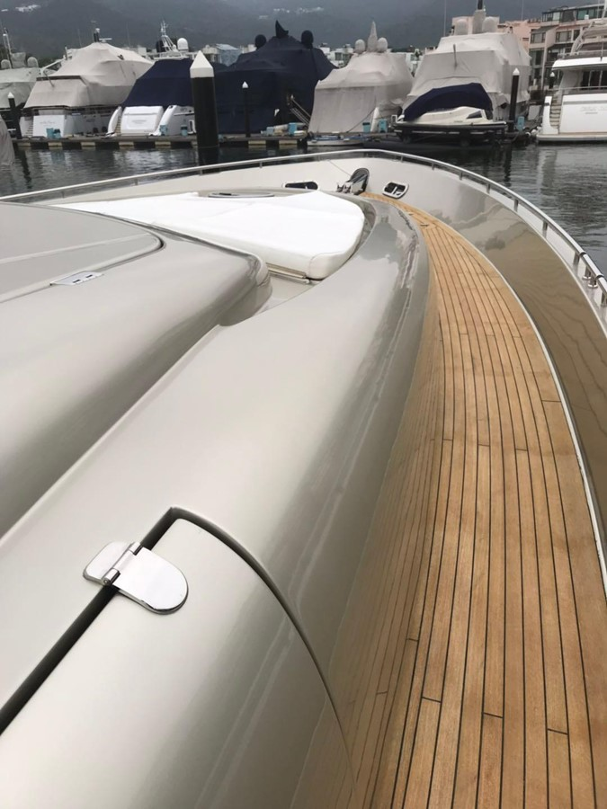 Pershing 88 yacht for sale