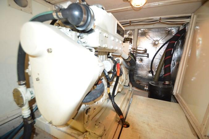 9 1993 GRAND BANKS Classic Trawler 2678300