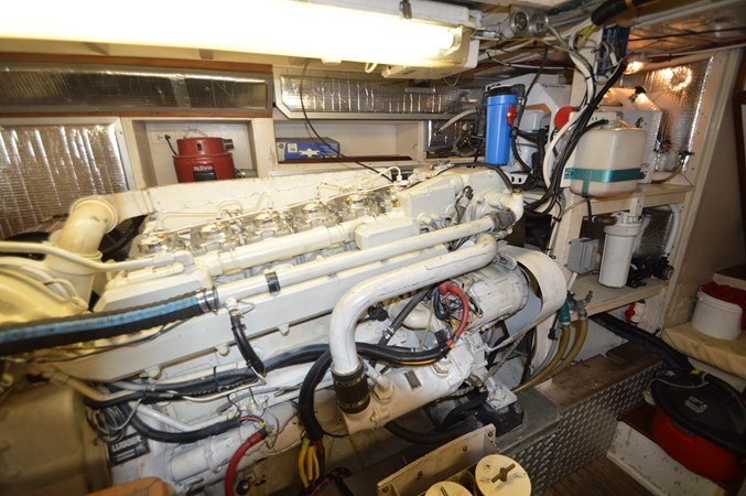 15 1993 GRAND BANKS Classic Trawler 2678306