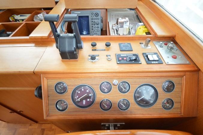 43 1993 GRAND BANKS Classic Trawler 2678334