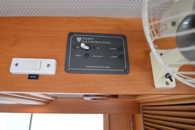 85 1993 GRAND BANKS Classic Trawler 2678376
