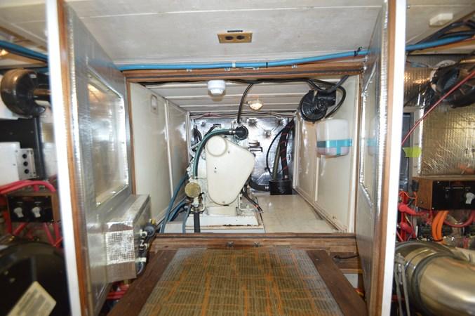 7 1993 GRAND BANKS Classic Trawler 2678471
