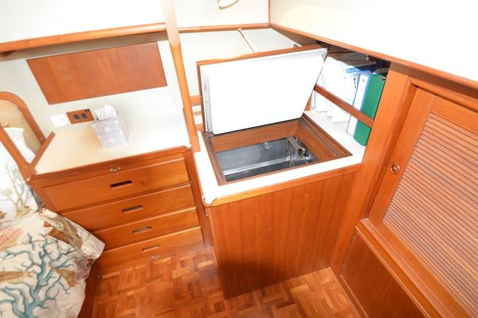 89 1993 GRAND BANKS Classic Trawler 2679051