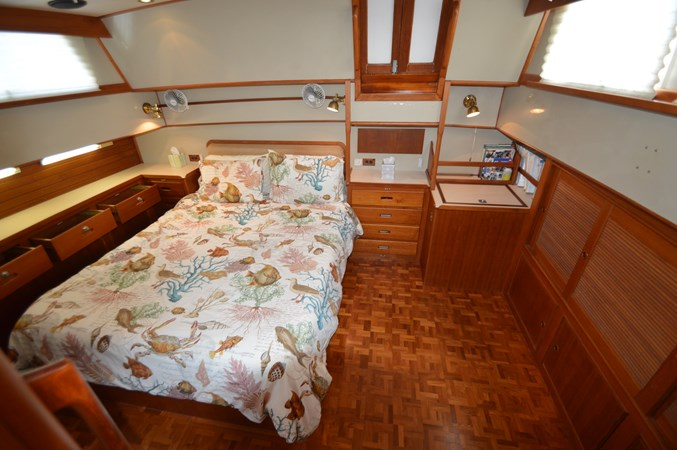 93 1993 GRAND BANKS Classic Trawler 2679055