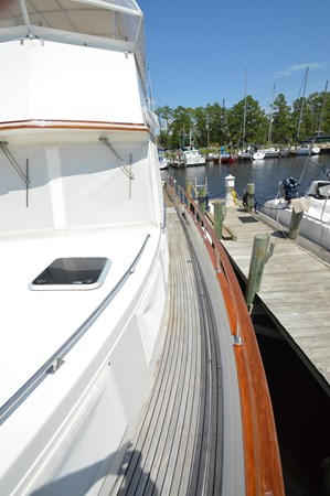 107 1993 GRAND BANKS Classic Trawler 2679069
