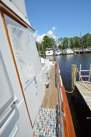 110 1993 GRAND BANKS Classic Trawler 2679072