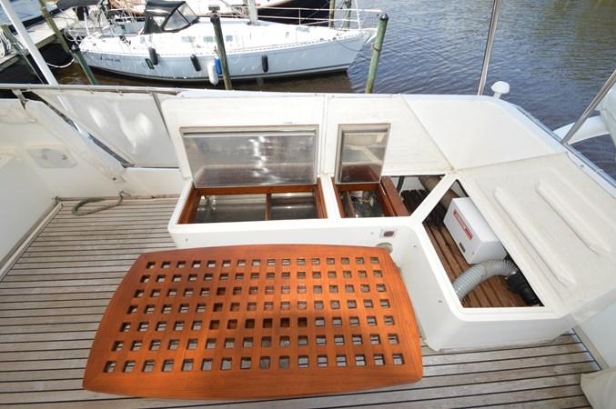 124 1993 GRAND BANKS Classic Trawler 2679087