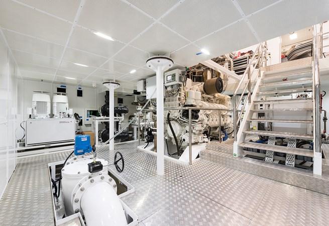 Sunrise 63m - Irimari - Engine Room - 02 2015 SUNRISE  Motor Yacht 2680855