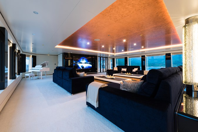 Sunrise 63m - Irimari - Upper Deck Lounge - 01 2015 SUNRISE  Motor Yacht 2680882