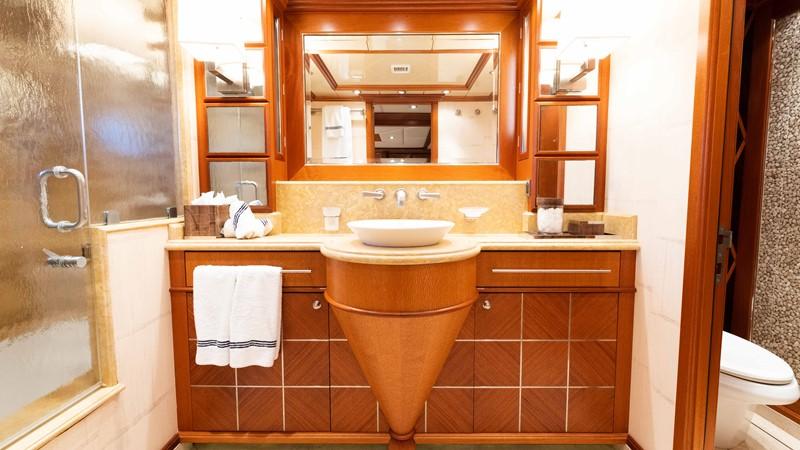 Guest Bath 2008 TRINITY Tri-Deck Motor Yacht 2672519