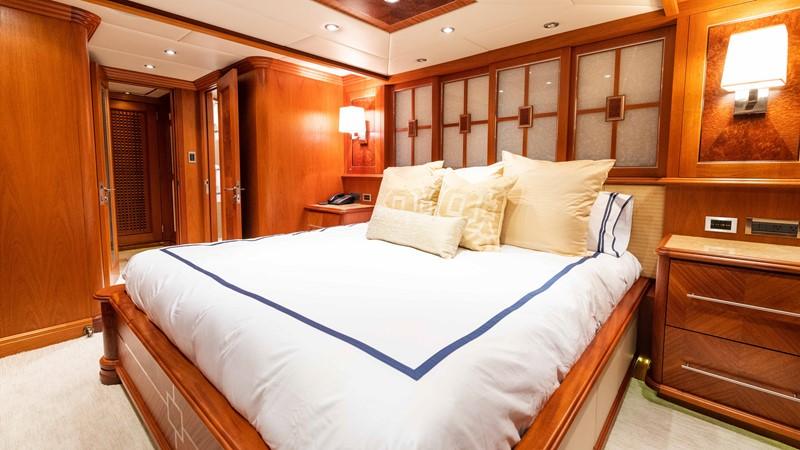 Guest Stateroom - Stbd.  2008 TRINITY Tri-Deck Motor Yacht 2672522