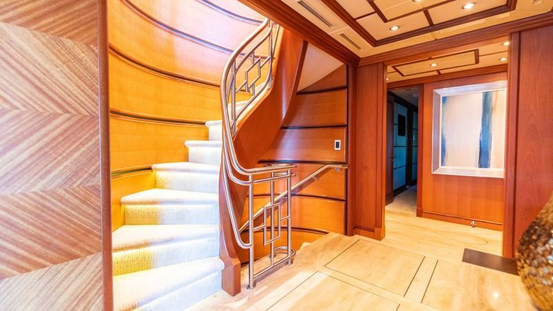Main Deck Entry Foyer 2008 TRINITY Tri-Deck Motor Yacht 2672527