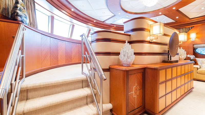 Master Stateroom  2008 TRINITY Tri-Deck Motor Yacht 2672539