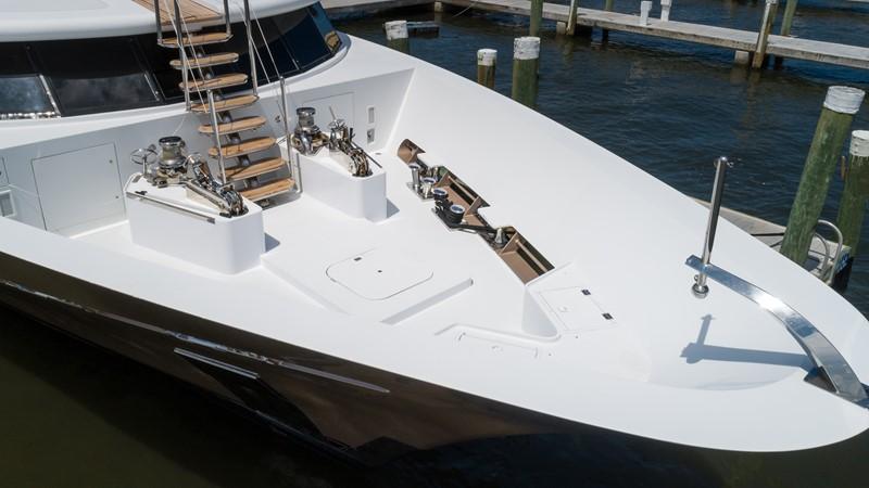 Bow 2008 TRINITY Tri-Deck Motor Yacht 2672709