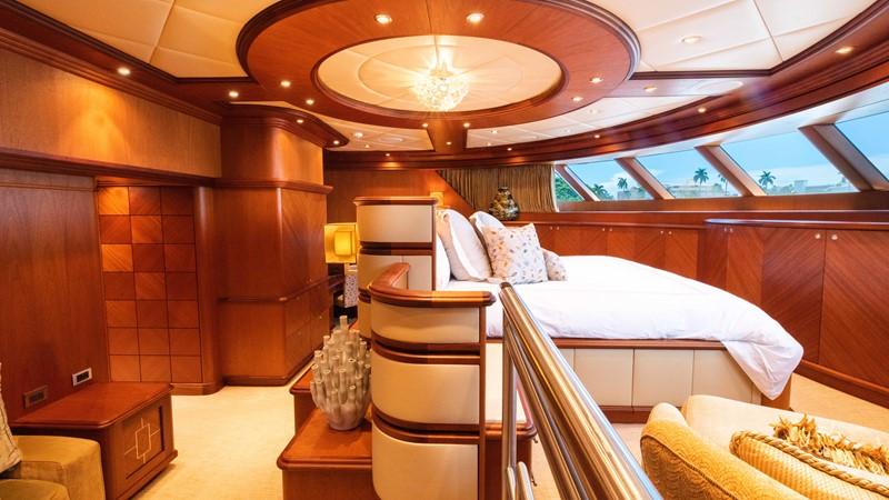 Master Stateroom 2008 TRINITY Tri-Deck Motor Yacht 2674050