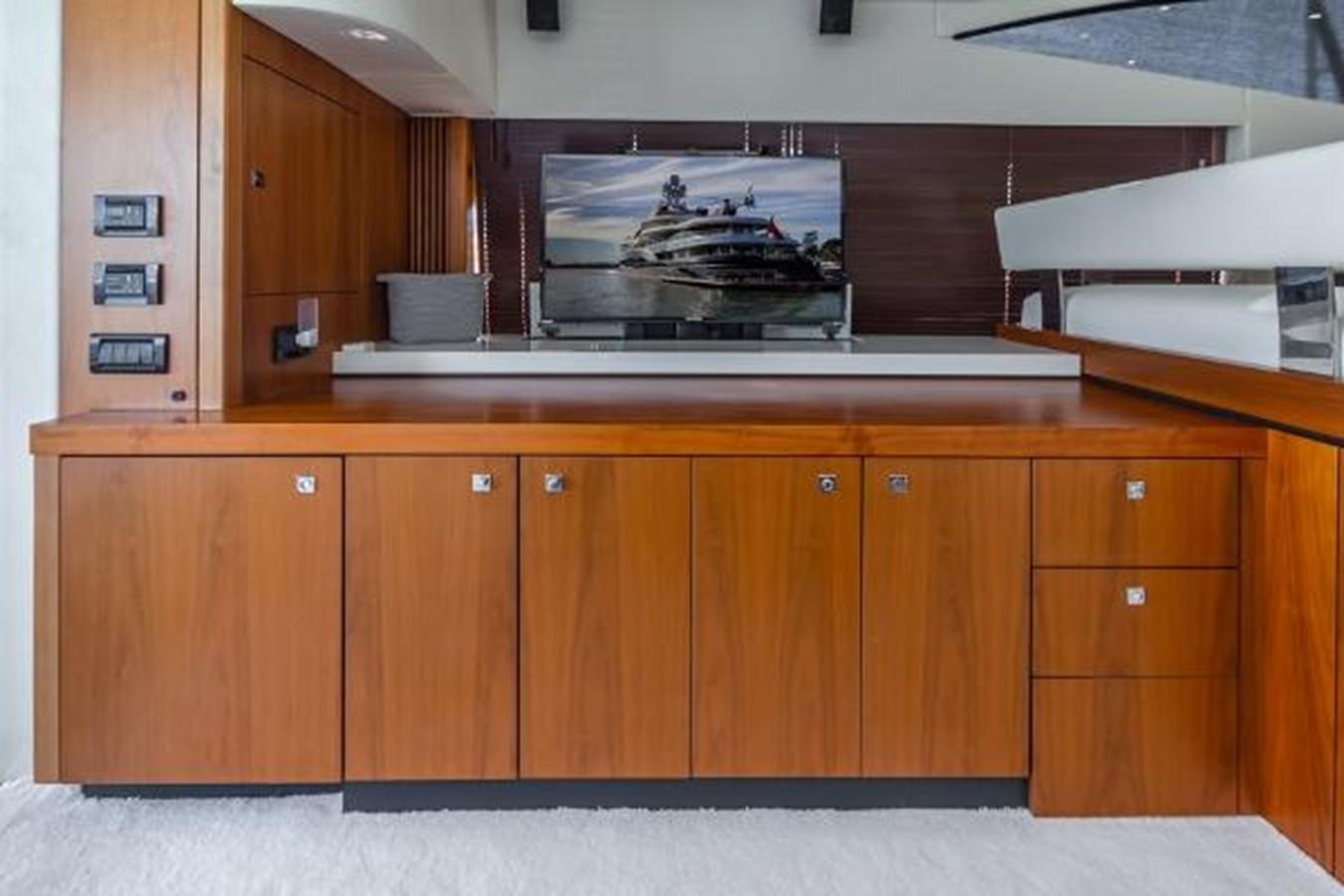 2012 SUNSEEKER  Motor Yacht 2670579