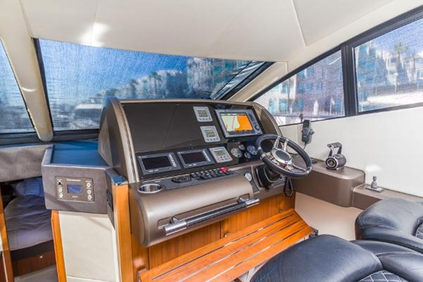 2012 SUNSEEKER  Motor Yacht 2670584
