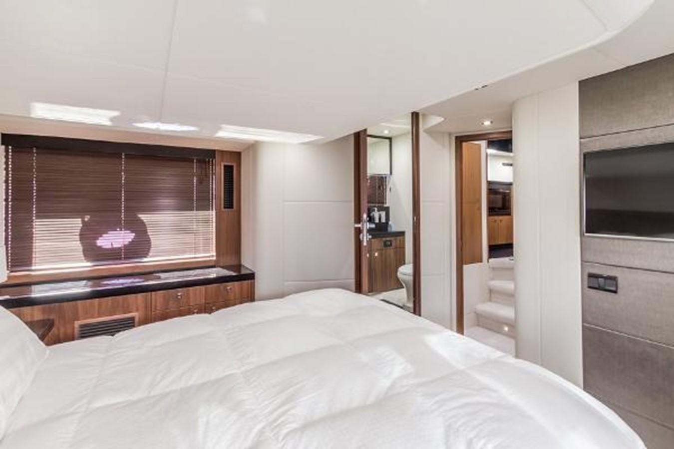 2012 SUNSEEKER  Motor Yacht 2670589