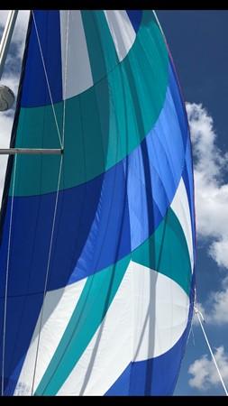 2010 CATALINA  Cruising/Racing Sailboat 2692915