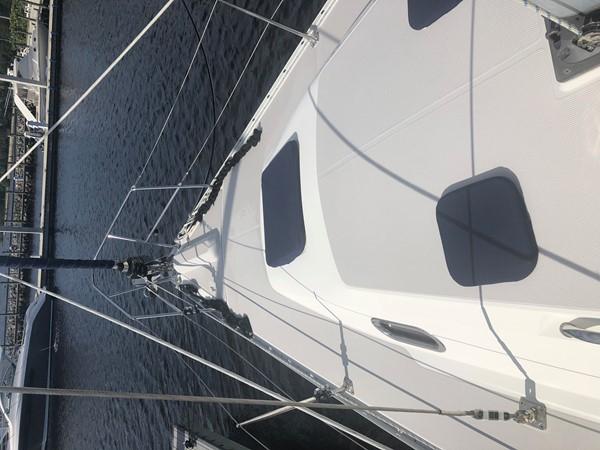 2010 CATALINA  Cruising/Racing Sailboat 2692917
