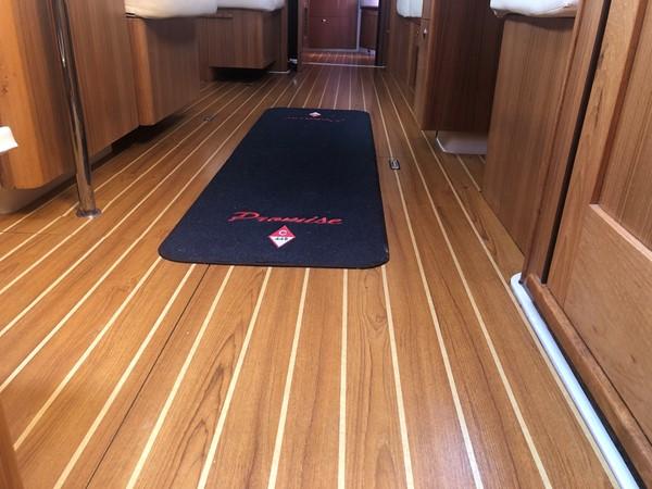 2010 CATALINA  Cruising/Racing Sailboat 2692954