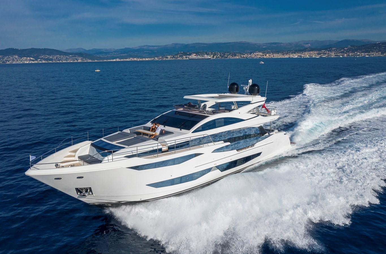 main 2020 PEARL MOTOR YACHTS Pearl 95 Motor Yacht 2737910