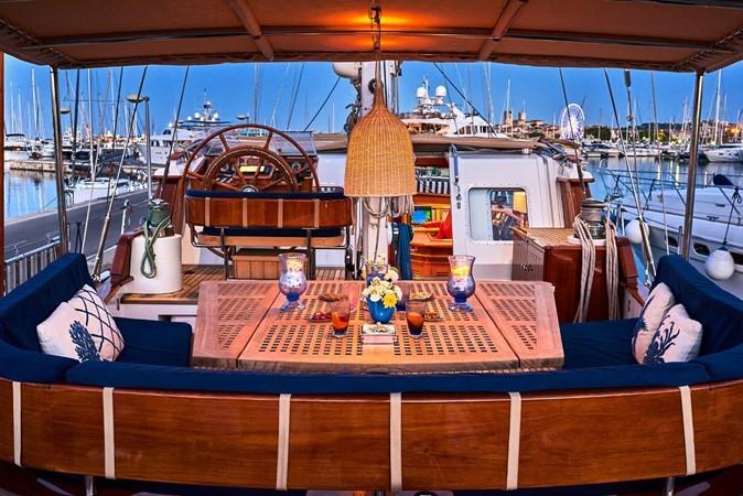 2000 JONGERT  Cruising Sailboat 2671202