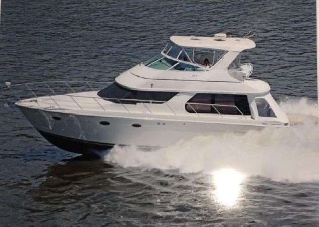2006 CARVER  Motor Yacht 2671883