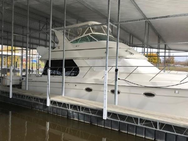 2006 CARVER  Motor Yacht 2671887