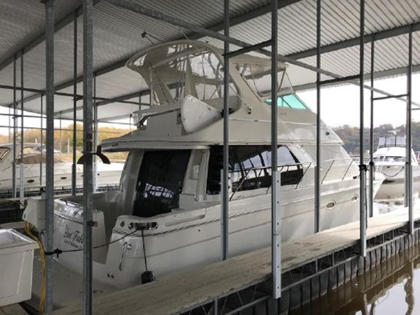 2006 CARVER  Motor Yacht 2671888