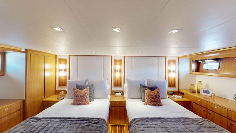 13 2020 PRESIDENT YACHTS 870 Tri Deck LRC Motor Yacht 2775512