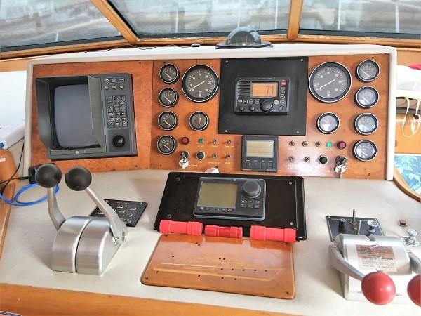 1991 OCEAN ALEXANDER Cockpit Pilot House Motor Yacht 2673262