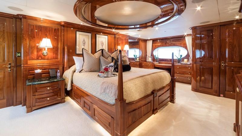 MASTER STATEROOM  2001 CHRISTENSEN Tri Deck Motor Yacht  Motor Yacht 2673718