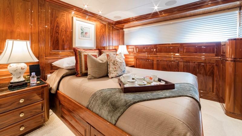 VIP STATEROOM  2001 CHRISTENSEN Tri Deck Motor Yacht  Motor Yacht 2673722