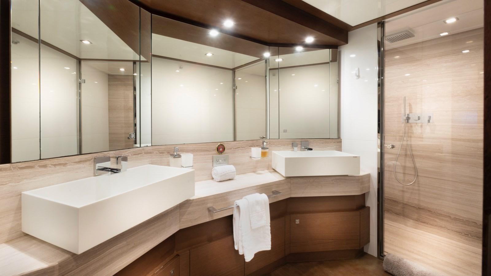 Master Bathroom 2013 FERRETTI YACHTS 870 FLYBRIDGE High Performance 2732845