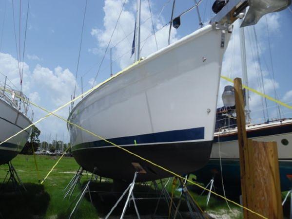 2009 HUNTER 50 Cruising Sailboat 2673816