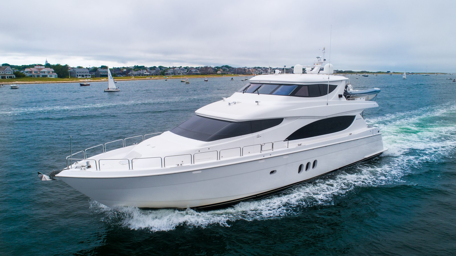 2011 HATTERAS Enclosed Bridge Motor Yacht 2678246